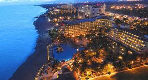 Vista aerea Puerto Vallarta de noche